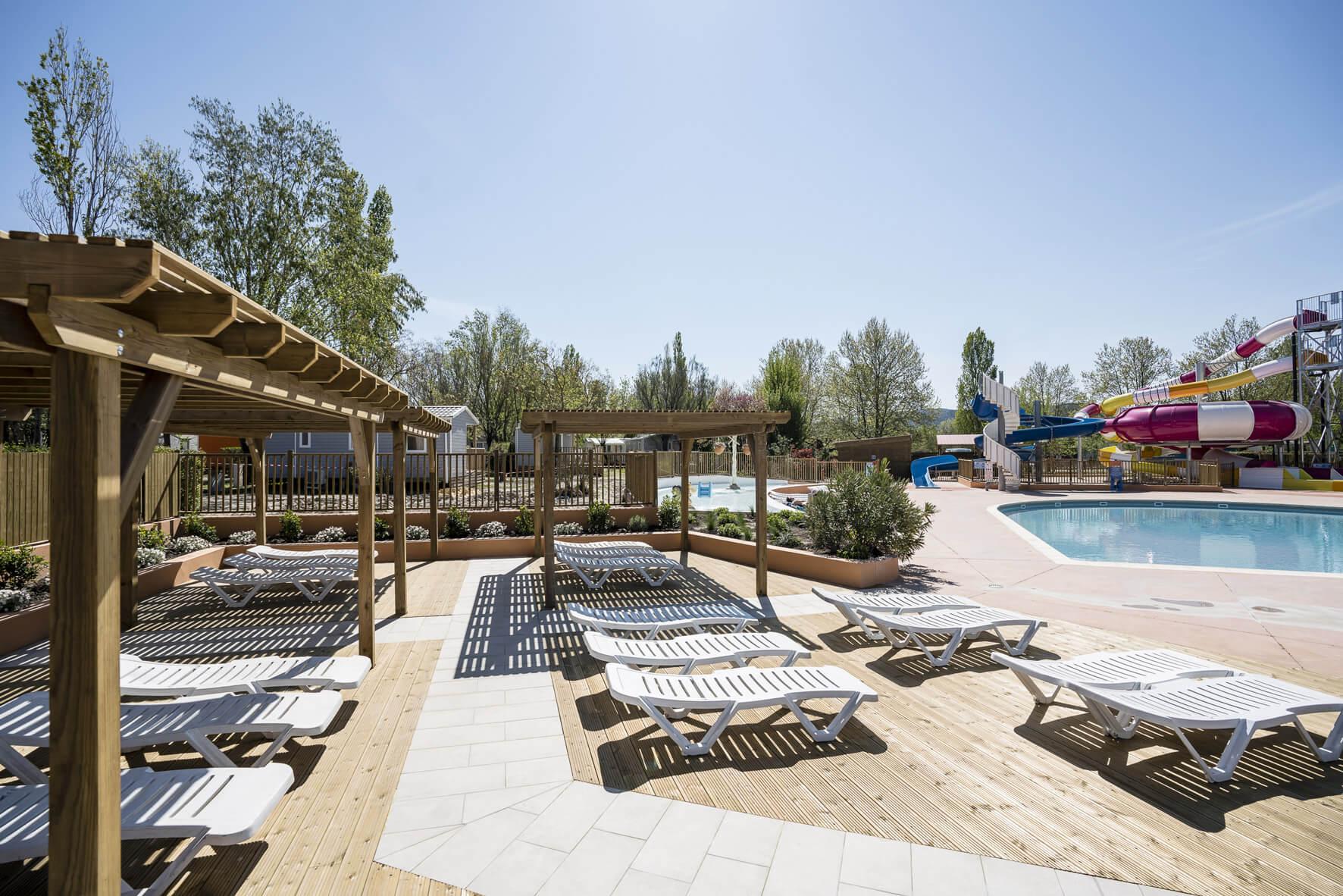 Construction parc aquatique et jeux aquatiques
